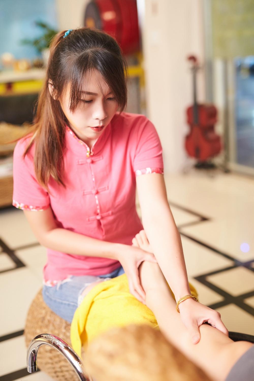台北按摩滿憶亭養身會館1號芳療師
